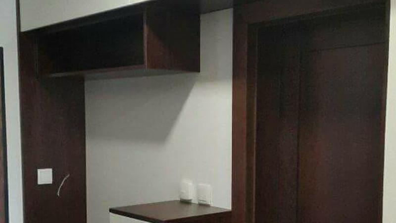 Vešiakové steny a nábytok do chodby